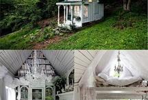 Tiny Houses / by Elizabeth Burns
