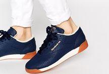 Ruhák, cipők