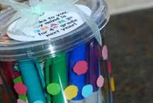 Teacher Gift Ideas / Cute and simple gift ideas for the kid's teachers