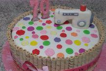 Alexandra Avila / Decoração bolo costureira