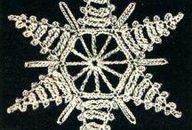 Ornamenti fatti all'uncinetto