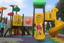 Bezpieczne Place Zabaw / Na placu zabaw najważniejsze jest bezpieczeństwo. U nas jest ono potwierdzone certyfikatem. A kolejną ważną rzeczą jest wspaniała zabaw dzieci. radość dzieci potwierdza wiele zrealizowanych przedsięwzięć.
