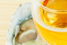 Drinks to Pair with Oysters / Pairing drinks with oysters. Tips and recipes. Slurp.