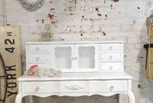 Shabby-chic Furniture
