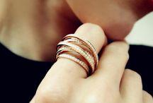 Diamond Crossover Rings / by Plukka (Fine Jewelry)
