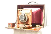 Manhattan Optical Co /  In 1902 the company was merged into Gundlach which named itself Gundlach-Manhattan Optical Company