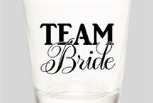 Black and White Bachelorette Party / Classy black and white bachelorette party ideas! Perfect items for a classic theme!