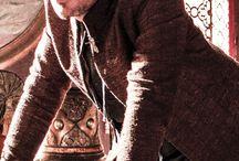 AIDAN GILLEN / Irish Actor