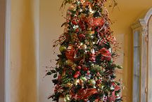 How To Decorate a tree / by Jane Armstrong