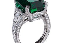 Emerald ring for spring