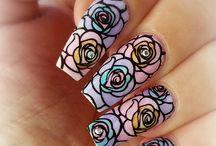 Nails leadlight
