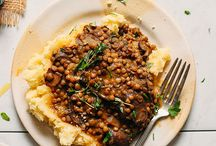 lentil stew and mash potatoes