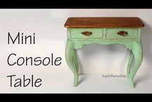 dukkehus og miniature møbler