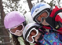 SkiBanz / Your children can hit the slopes in safety wearing high quality Ski Banz! These professional-grade ski goggles are made of durable, shatter-resistant polycarbonate for optimal safety; are helmet compatible and offer 100% UV protection. Ski Banz comply with the Australia/New Zealand Standard AS/NZ1067 for UV protection and AS/NZ1337:1992 for impact resistance.