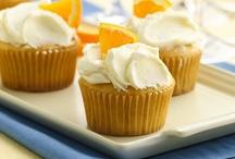 Cupcakes a-plenty!! / CUPCAKES / by Kimberlee Duckett Davis
