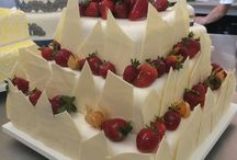 Wedding cakes by 13