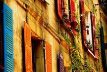 Jardines, balcones, ventanas y terrazas / Los espacios prolongados de nuestra naturaleza..