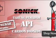 Pemadam Api Carbon Dioxide Sonick / Harga Pemadam Api Carbon Dioxide Sonick  atau Liquid Carbon Dioxide (CO2)  SKC-0Kg adalah Senyawa/bahan kimia yang terbentuk dari 1 atom karbon + 2 atom oksigen, yang dapat dihasilkan baik dari kegiatan alamiah maupun kegiatan manusia.
