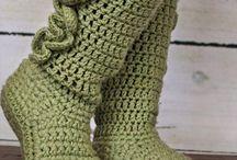 háčkování, pletení, šití...
