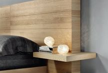 drevená postel