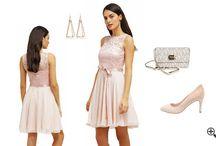 Schicke Kleider für Hochzeit / Schicke Kleider für Hochzeit als Gast bis -87% günstiger online kaufen ist deine erste Eingebung, wenn du eine Ladung für eine Hochzeit bekommen hast. Deine Aufgeregtheit ist immens u. fragst dich, wo finde ich Damen Schicke Kleider für Hochzeit im Sommer? Willst du wissen, welche Kleider für eine Hochzeit als Gast im Sommer ideal an dir aussehen u. noch dazu dich bis zu 7Kg schlanker Erscheinen lässt?