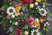 Decorative Florals/Wreaths / by Lisa Conway
