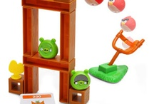 Cool Toys / by Lindsey Sidman