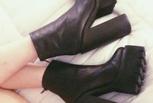 Favorite shoes / by Layla Josie