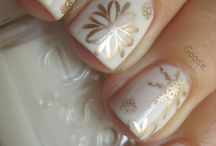 Nail Art - Christmas/Winter / by The BeautyClutch