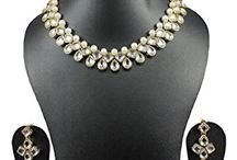 Kundan Women Bollywood Necklace Set