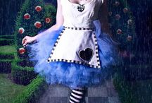 Mad Hatter's Tea Party / Alice in Wonderland costume and party ideas