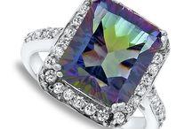 Jewelry / by Wendi Who