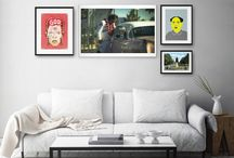 Living Room Collection / Four unconventional portraits to celebrate some iconic characters of the pop culture. Strong colors and unique styles will turn your walls into an original gallery.  The collection includes 4 artworks by Ron Gessell, Ailadi, Franco Brambilla and Beery Method, ready to hang.  Our suggestion: this is a perfect set for your living room. Arrange the artworks as you like to best fit your space.