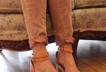 Womens shoes: Clogs