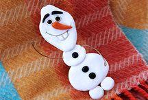 Frozen / Zullen wij een sneeuwpop maken? Ontdek alles over Elsa, Anna, Olaf en hun vrienden. Koken, knutselen en spelen met Frozen.
