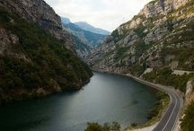 Bośnia i Hercegowina ▪ places to see in Bosnia and Hercegovina