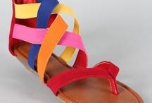 shoes / by Shari Skälland