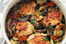 Bone in chicken / Baked chicken with artichokes and spinach