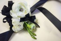 Corsage/ Boutonnieres / Custom corsage and boutonnieres for any occasion.