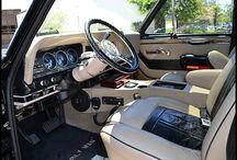 classic 4x4's interiors