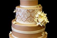 cakes I like / by Sandy Swart