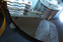 Kompjuterska Forenzika - Computer Forensics / Termin kompjuterska ili digitalna forenzika označava primenu naučnih metoda u cilju identifikacije, prikupljanja i analiziranja podataka uz očuvanje integriteta originalnog dokaza, kao i lanca nadležnosti.