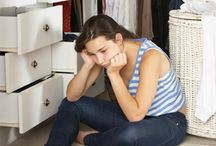 De-Clutter (Less Mess, Less Stress) / Mess leads to stress. How to organize your life.