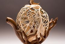 Cool & Beautiful Teapots / by Luna C Ayuni