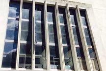 VENTA/ EDIFICIO COMERCIAL Código: CCO68188 / #VENTA, #EDIFICIOCOMERCIAL, #MONTEVIDEO, #COVELLOINTERNATIONAL VENTA/ EDIFICIO COMERCIAL Código: CCO68188 Superficie: 4400 m2 Excelente construcción en pleno centro de Montevideo. Actualmente funciona un Parking con siete pisos de estacionamiento, accesos por rampa y dos locales al frente, en funcionamiento. Sobre un lote de 894 m2, cuenta con 4400 m2 construídos y un proyecto para 50 oficinas en alquiler. Alta rentabilidad y posibilidad de financiación.