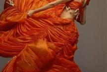 A Dress to Build a Dream On... / by Sarah Ledesma