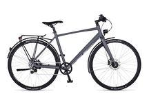 crossover series / Die Urbanbikes der crossover series sind leichte, sehr schnelle Stadtbegleiter und exakt das richtige Rad für Leute, die Wert auf reduziertes Design, hohe Geschwindigkeiten und einen mobilen Lifestyle legen. Mit einer sportlich gestreckten Sitzhaltung, einem ultraleichten Alurahmen und den Schwalbe Kojak Cityslicks sind die Fahrräder unserer crossover series echte Speedbikes für die Stadt. puristisch, leicht, zeitlos – einfach stylisch unterwegs.
