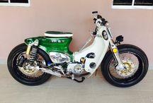 BIKES- Honda CUB