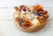 Πως σερβίρουμε τα τυριά / Πώς να σερβίρετε το τυρί χωρίς να αλλοιωθεί η γεύση και η υφή του