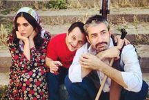 """Yeni Dünya / Caner Erzincan'ın yazıp yönettiği, başrollerini Erkan Petekkaya, Şükran Ovalı ve Soner Erzincan'ın paylaştığı """"Yeni Dünya"""" sezonun en iddialı filmlerinden biri olacak. Filmin yapımcılığını ise Can Ahmet Gürakın üstleniyor."""